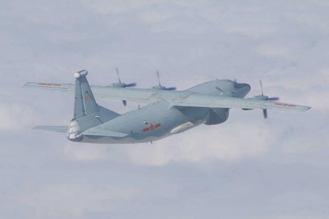 """中国人民解放军军机当月总计进到台""""航线""""14天"""
