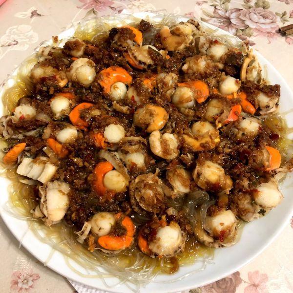 扇贝肉的做法,这道蒜蓉粉丝蒸扇贝连续吃了3碗,全家人都一致好评