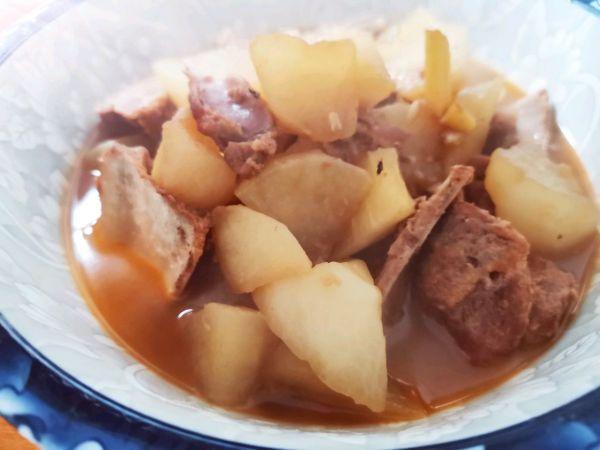 排骨萝卜的做法,简单易做的家常萝卜烧排骨,让人吃了还想吃