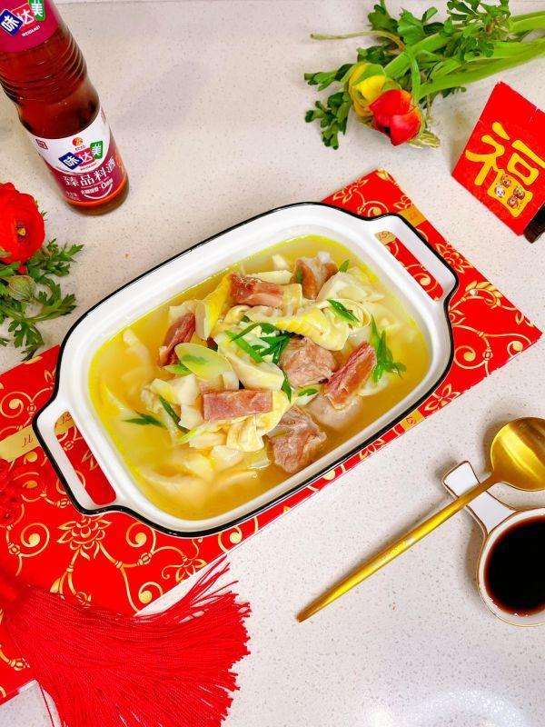 咸骨的做法,#味达美名厨福气汁,新春添口福#排骨咸肉竹笋