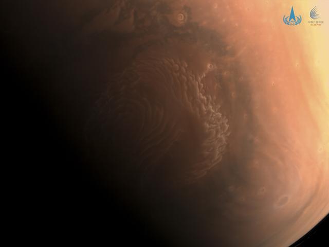天问一号拍的高清火星照来了 全球新闻风头榜 第3张