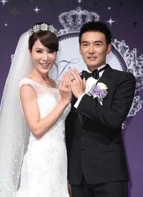 """焦恩俊官宣与妻子和平分开,不满婚姻被对方称为""""业障"""" 全球新闻风头榜 第1张"""