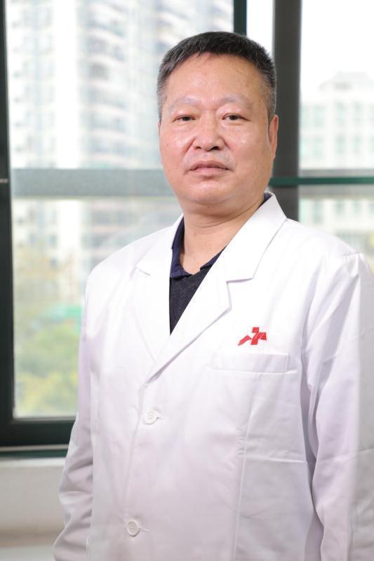 八字通气,市八医院中医科主任谭行华:中医药早期干预可降低重症转化率