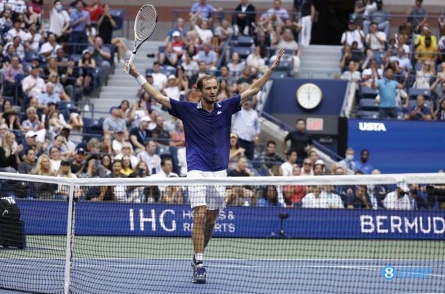 新王登基!梅德韦杰夫成首位夺得大满贯男单冠军的95后球员 全球新闻风头榜 第1张