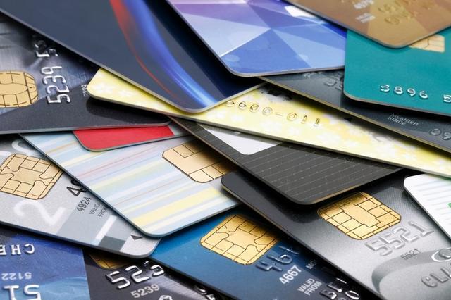 中央银行为什么下手透支卡销售市场