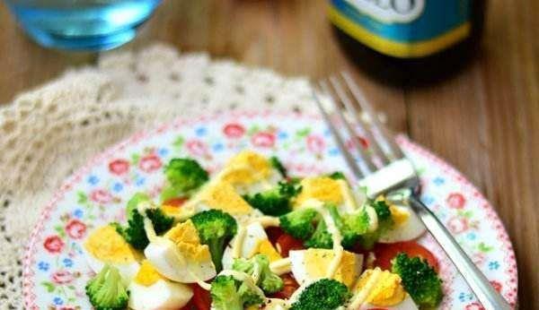 醋蛋的吃法,精选美食推荐:油醋蛋沙拉,百合芦笋虾球,白云猪手的做法