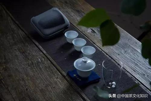 喝茶的句子,喝茶,就是一场旅行,每一口都是不一样的风景
