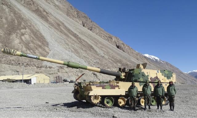 中印最新消息,中印边境地区,印度又有了新动作,部署新武器火炮针对中国