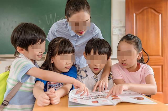对宝宝说的话,想让孩子在学校更受老师关注,家长常说这两句话,比送礼更有用
