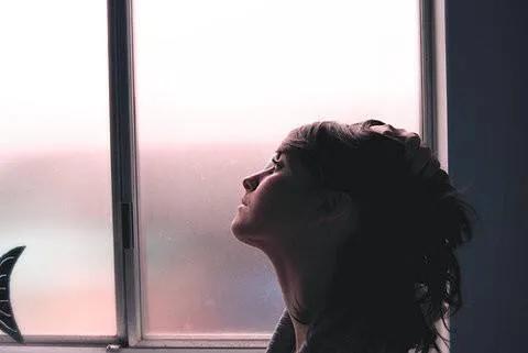 唯美爱情短句,关于爱情的20段话,唯美又忧伤,说给最爱的人听!