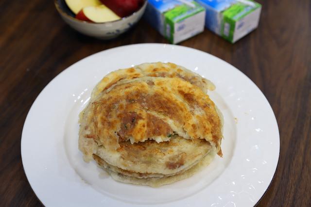 肉馅饼的做法,早餐不知道吃什么,试试这个香酥肉馅饼,焦香可口,美味又管饱
