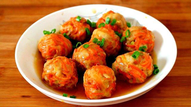 胡萝卜的做法,胡萝卜最好吃做法,我家常做着吃,好吃解馋,比狮子头还香