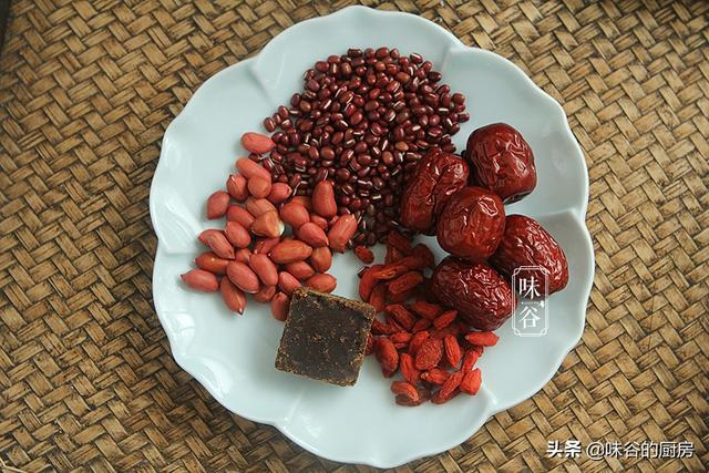 豆浆的做法和配方,早餐,多给家人做这10款豆浆,香浓好喝,营养易吸收,全家都爱
