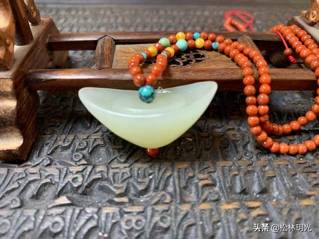 雕的寓意,玉石雕刻题材中元宝的来历,以及元宝的寓意