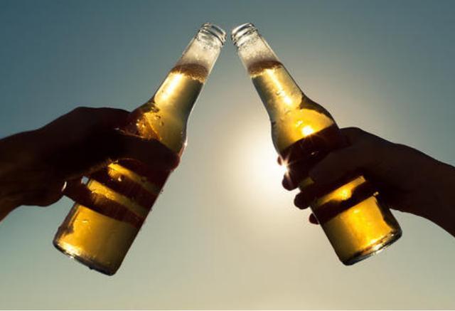 九零后小伙喝醉酒强制与女人发生性关系 被检举奸污