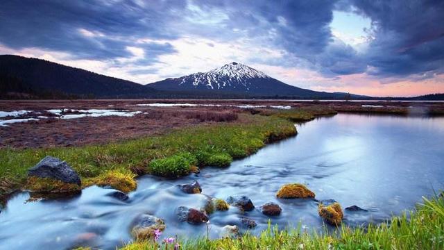 流水的诗,游山玩水发朋友圈必不可少的唯美诗句,青山看不厌,流水趣何长