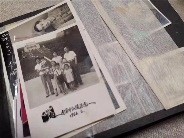 伤感图片,记录时间与忧伤的黑白照片