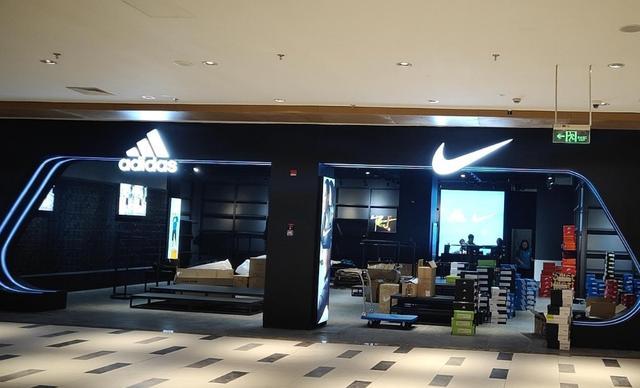 """我国""""新鞋王""""问世,纯利润早已超过adidas"""