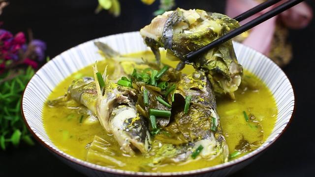 黄骨鱼的做法,黄骨鱼这个做法才叫香,肉质鲜嫩,做法简单,一大碗上桌不够吃