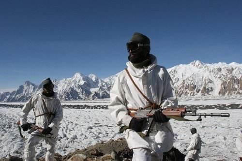 中印最新消息,环球时报放出积极信号,中印均同意撤军?5000米高原对峙化解真这么简单?
