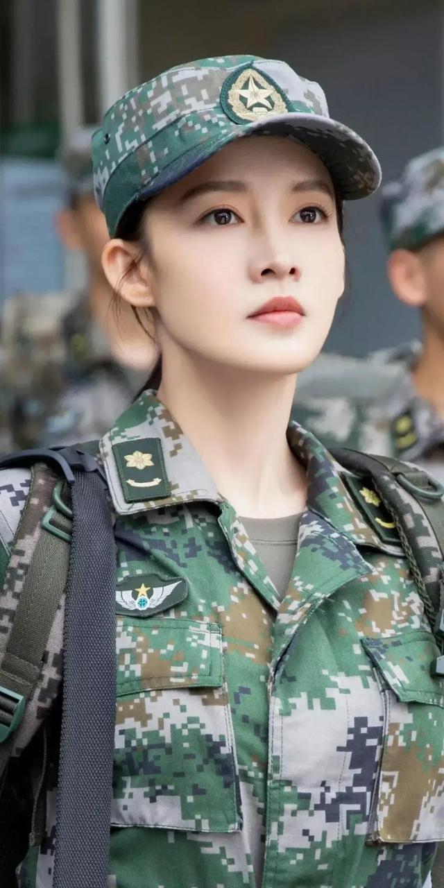 李沁特种兵造型,英姿飒爽 全球新闻风头榜 第3张
