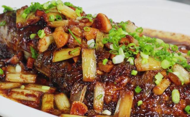 """鱼的吃法,年夜饭鱼肉的""""8种""""做法,无论选哪一种,上桌都好吃还倍有面"""