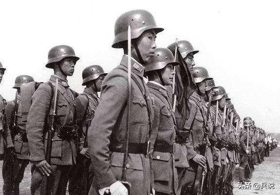 淞沪会战简介,上峰令88师死守,师长孙元良还价,留452人,号称800壮士