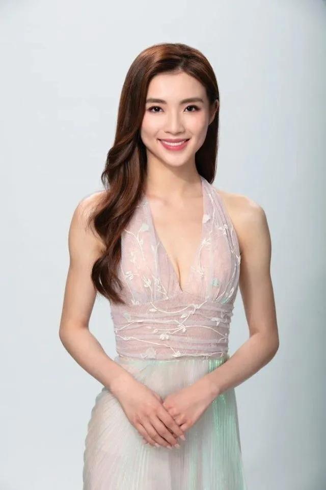 2021香港小姐前三诞生,混血美女夺冠,她妈妈竟是选美亚军 全球新闻风头榜 第3张