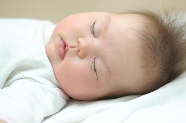 婴儿睡眠不好怎么办,跟我学,获得睡神宝宝不再拼人品:新生儿时期的睡眠培养
