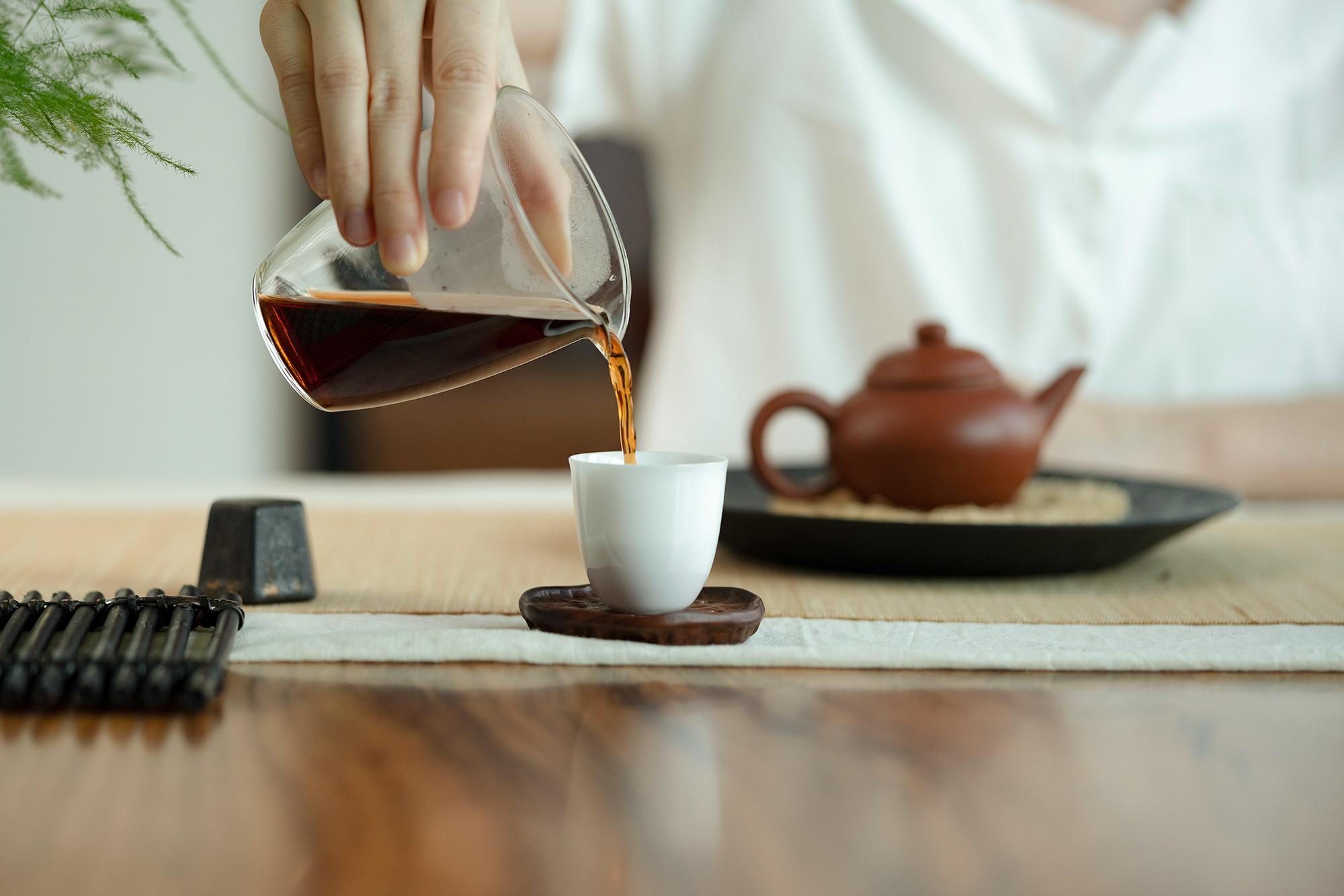 """小喜年-喝茶有六""""不饮"""",你为自己的健康加几分?"""