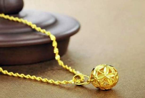 黄金项链清洗