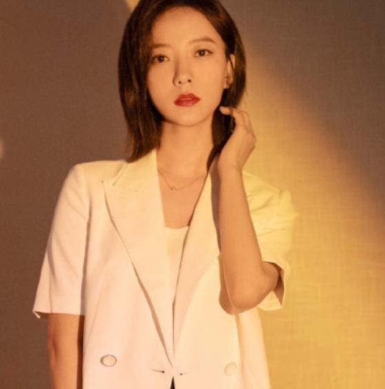 工作室否认王珞丹退出演艺圈 社交平台与粉丝互动聊天引发了一场乌龙