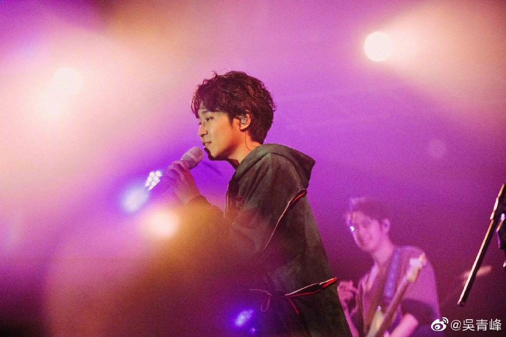 吴青峰内地巡演取消 你们最喜欢听吴青峰的哪几首歌呢?