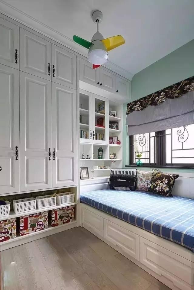 忍不住晒晒新家,头一次见卧室客厅飘窗这样装,太大方了