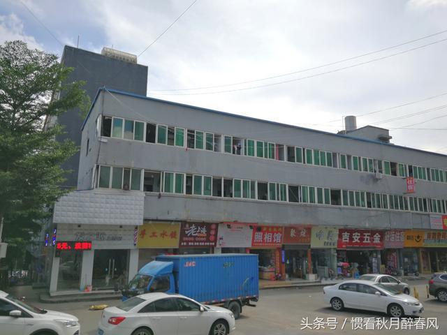 深圳哪里玩具厂小厂比较多:走进深圳上雪工业区,这个工业区有一百多家工厂,十几万名工人