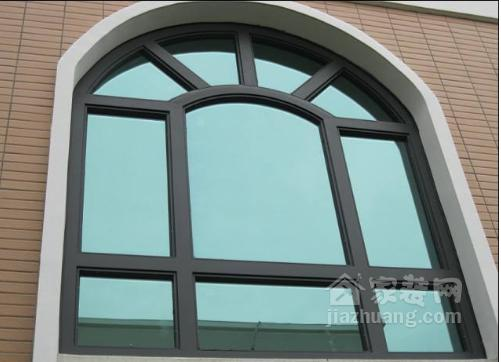 你家里装铝相符金门窗,你清新如何选购?价格怎么算?