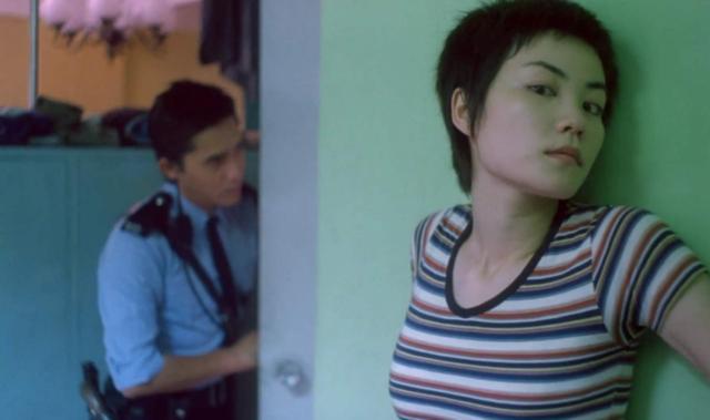 情人节被困在家,这几部电影得当两人偷偷望,不甜不要钱