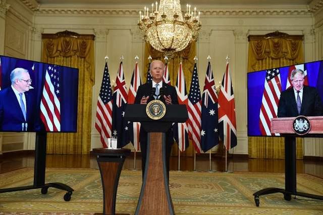 """遭""""背后捅刀""""后,法国斥英国""""奴性"""",称无法再信任澳大利亚"""