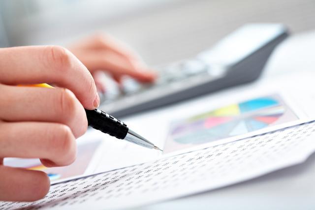 紫落姑娘:如何在策划方案时控制预算?穷有穷法,富有富路