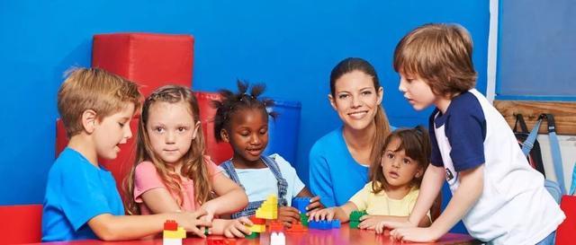 幼儿园公办不得转民办、不得教幼学内容、不得聘用这些人……学前哺养或有这些转变
