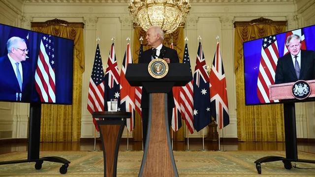 """担忧澳获核潜艇导致地区""""军备竞赛""""持续,印尼喊话澳大利亚:应尊重国际法"""
