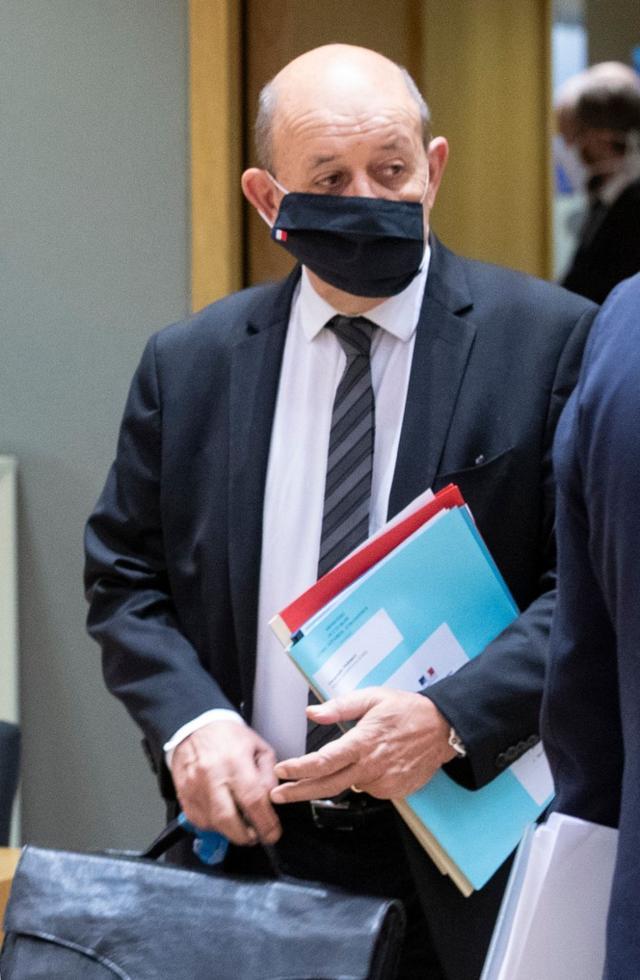 """美国""""翘单"""",澳大利亚毁约!560亿欧元订单没了,法国怒了:召回驻美国和驻澳大利亚大使"""