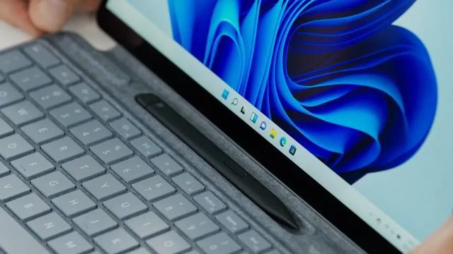 微软发布Surface Pro 8 配备第11代英特尔处理器、Thunderbolt 4和长续航