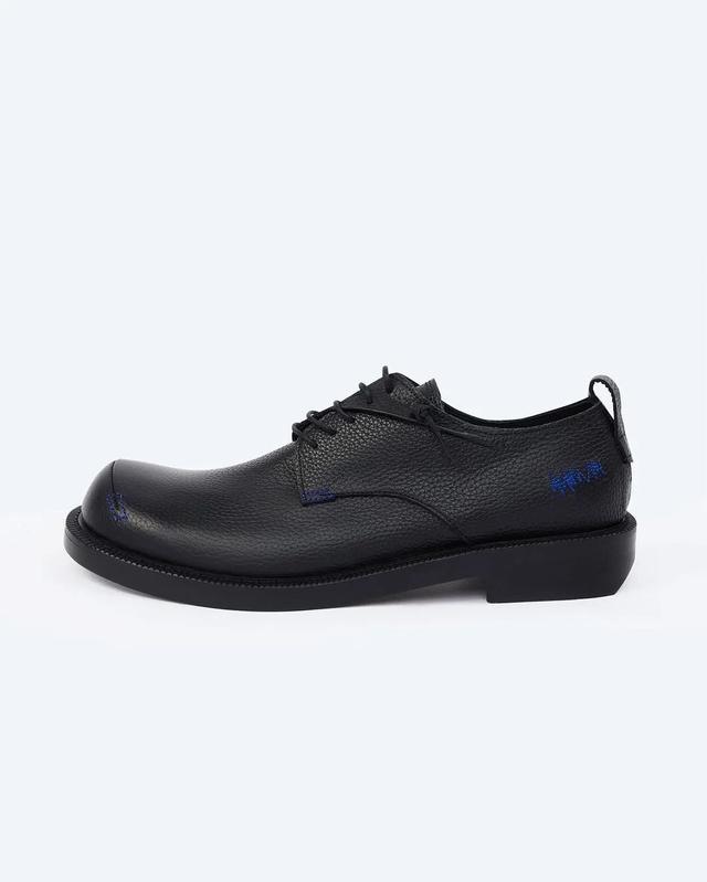 潮流 | 首届Kith Bmw M4比赛举行,Ader Error首个鞋履系列发售  第11张