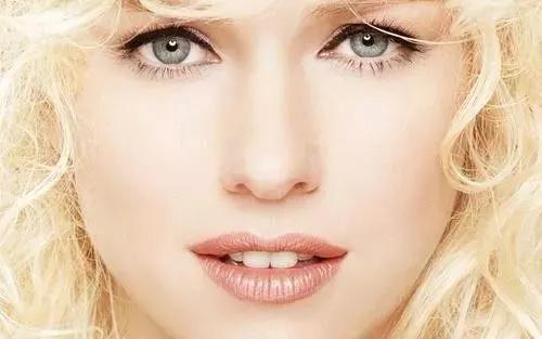 护肤的准确步骤,进来看看以前你的护肤品是否都白涂了