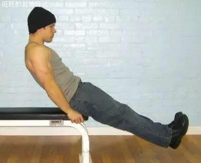 《犯人健身》保罗威德:练腹肌不要练卷腹,举腿奏效会更好