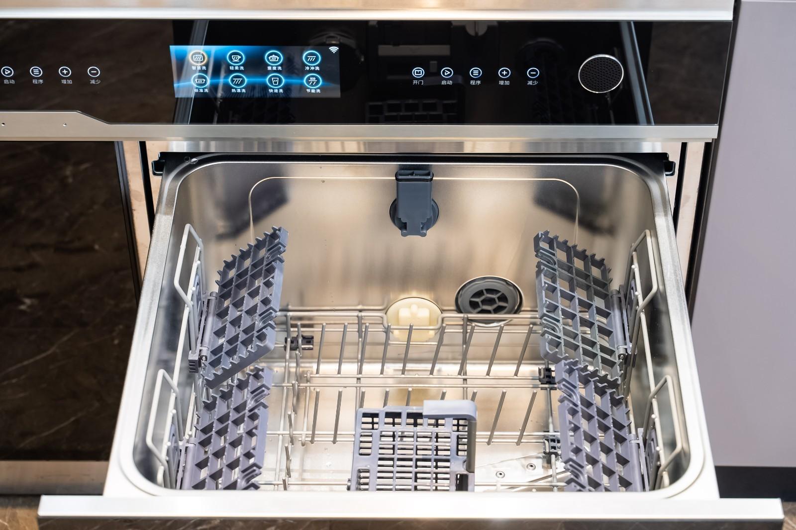 水槽式洗碗机好用吗?我家买过一台,花了7000元,决定再也不买了
