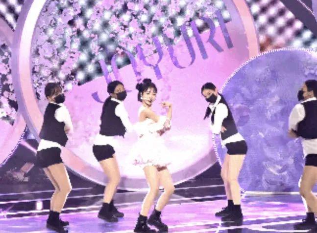 TWICE - SEVENTEEN命运般的关系;安宥真连续6周缺席放送节目?