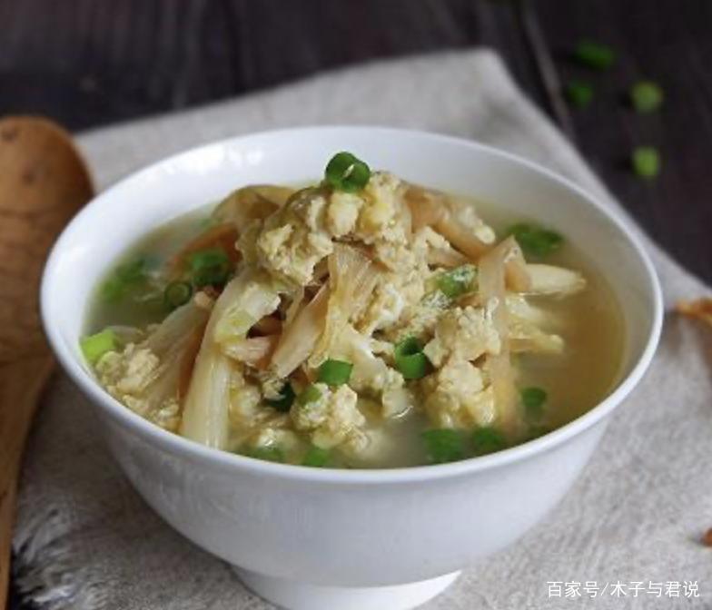 黄花菜有毒吗怎么处理 黄花菜怎么做好吃