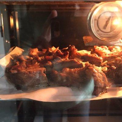 大人小孩都爱吃的烤羊排这样做,太好吃啦,学起来